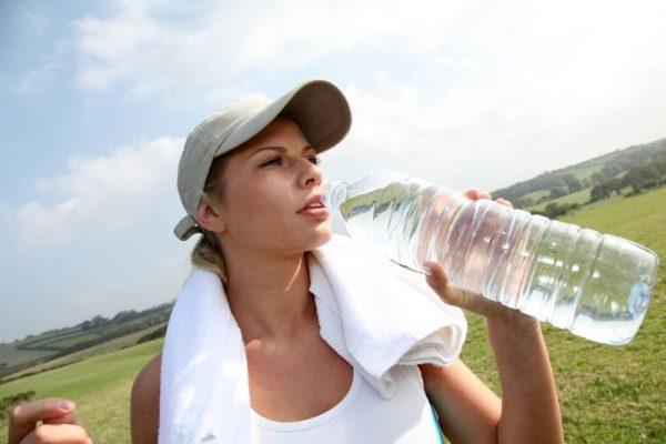 Pití čisté vody